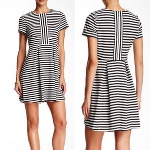 CeCe Black & White Stripe Fit & Flare Dress XL